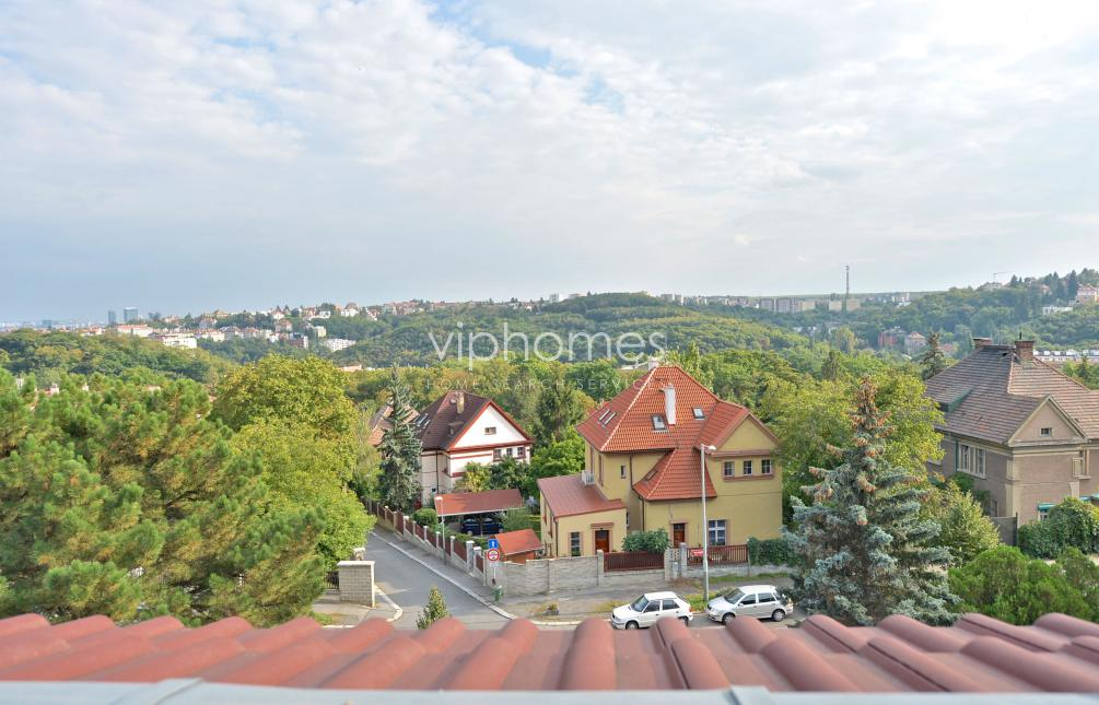 BYT K PRONÁJMU, ul. Nad Klamovkou, Praha 5 - Smíchov