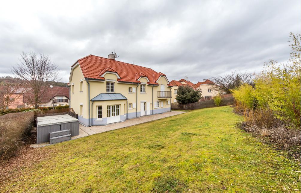 HOUSE FOR RENT, street Na Malé Šárce, Praha-Nebušice