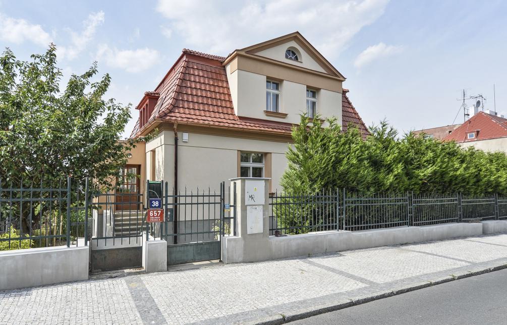 HOUSE FOR RENT, street Hošťálkova , Praha 6 - Břevnov