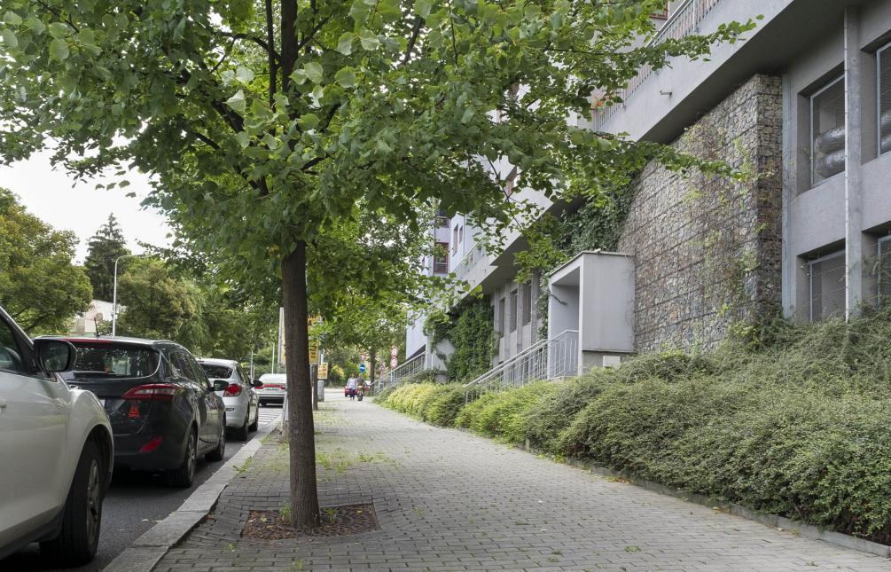 APARTMENT FOR RENT, street Jeremenkova, Prague 4 - Podolí
