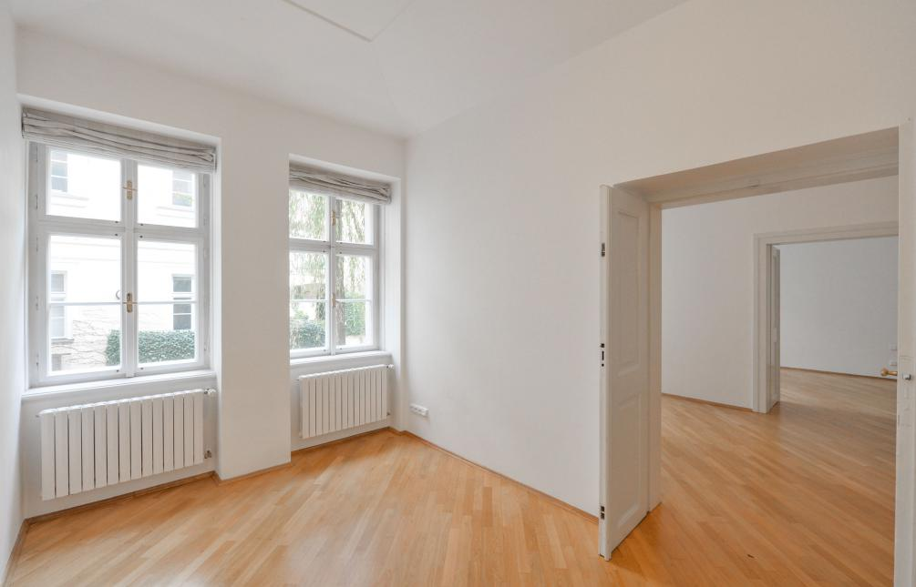 APARTMENT FOR RENT, street Vlašská, Praha 1