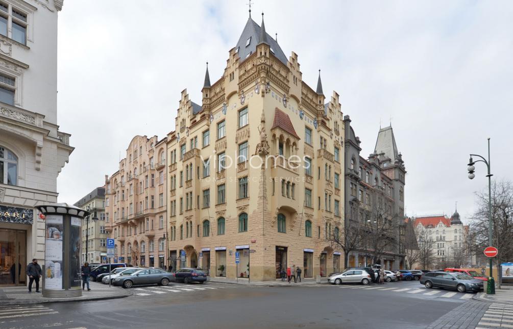 BYT K PRONÁJMU, ul. Pařížská, Praha 1 - Staré Město