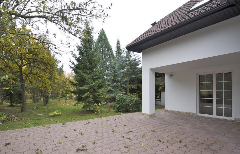 HOUSE FOR RENT, street Školní, Průhonice