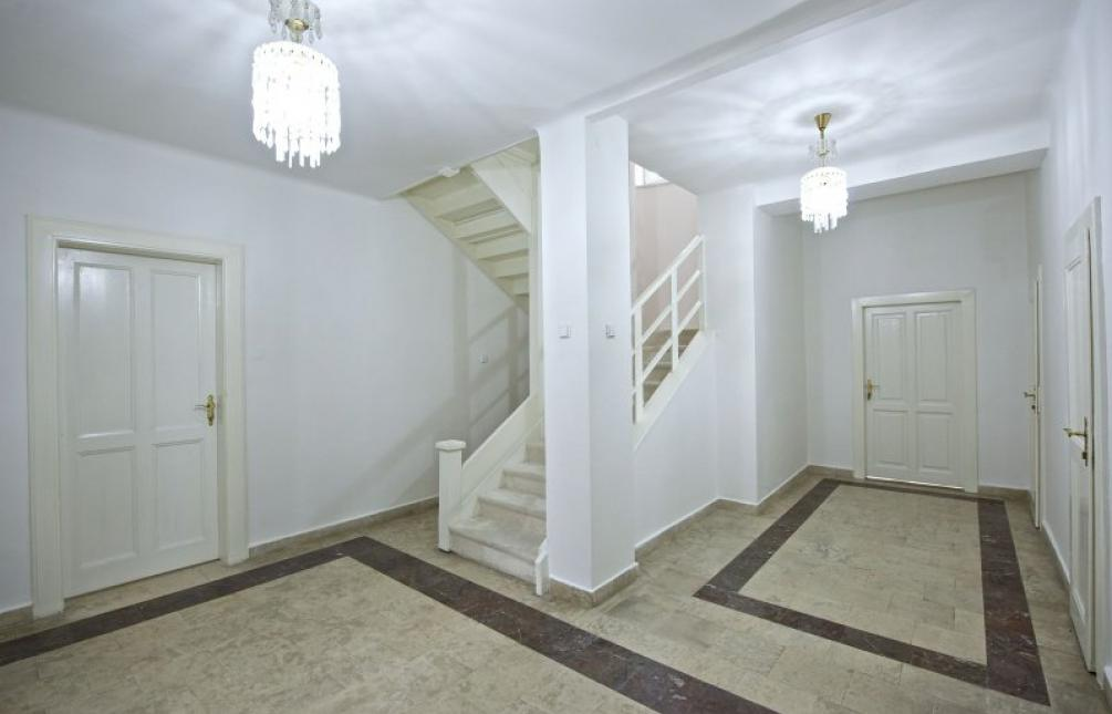 HOUSE FOR SALE, Prague 6 - Střešovice