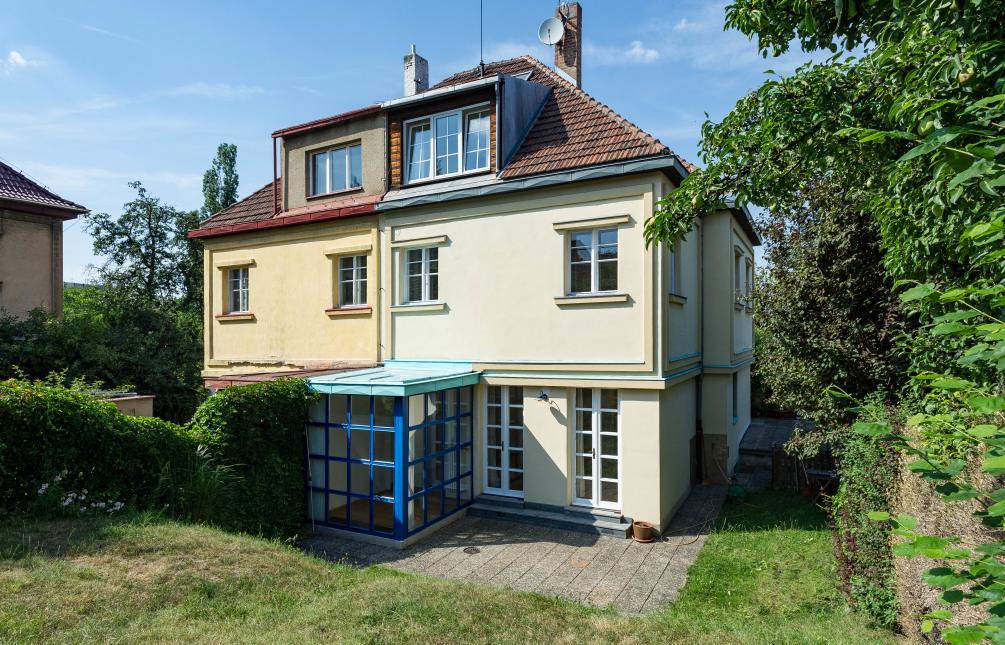HOUSE FOR RENT, street Na Klínku, Prague 6 - Střešovice