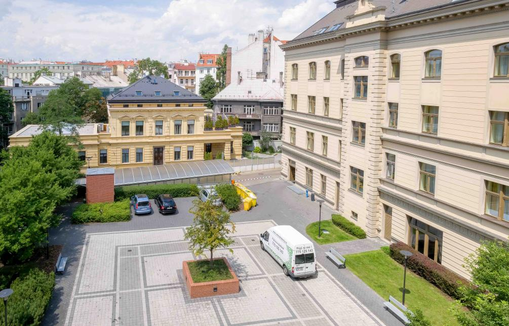 APARTMENT FOR RENT, U Zvonařky street, Prague 2 - Vinohrady