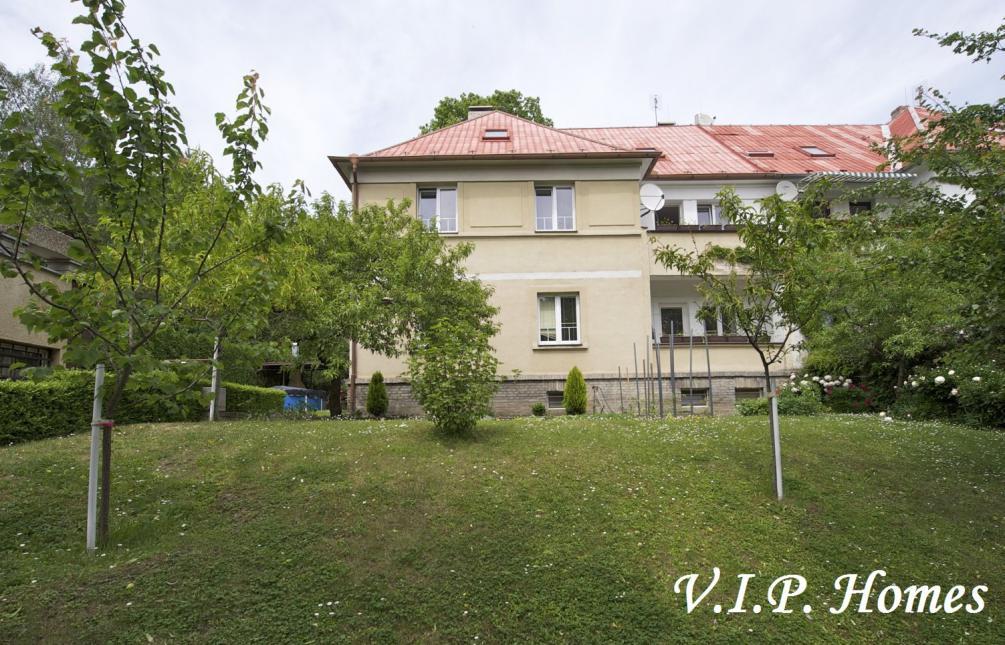 HOUSE FOR SALE, str. Pod Lipkami, Prague 5 - Smíchov