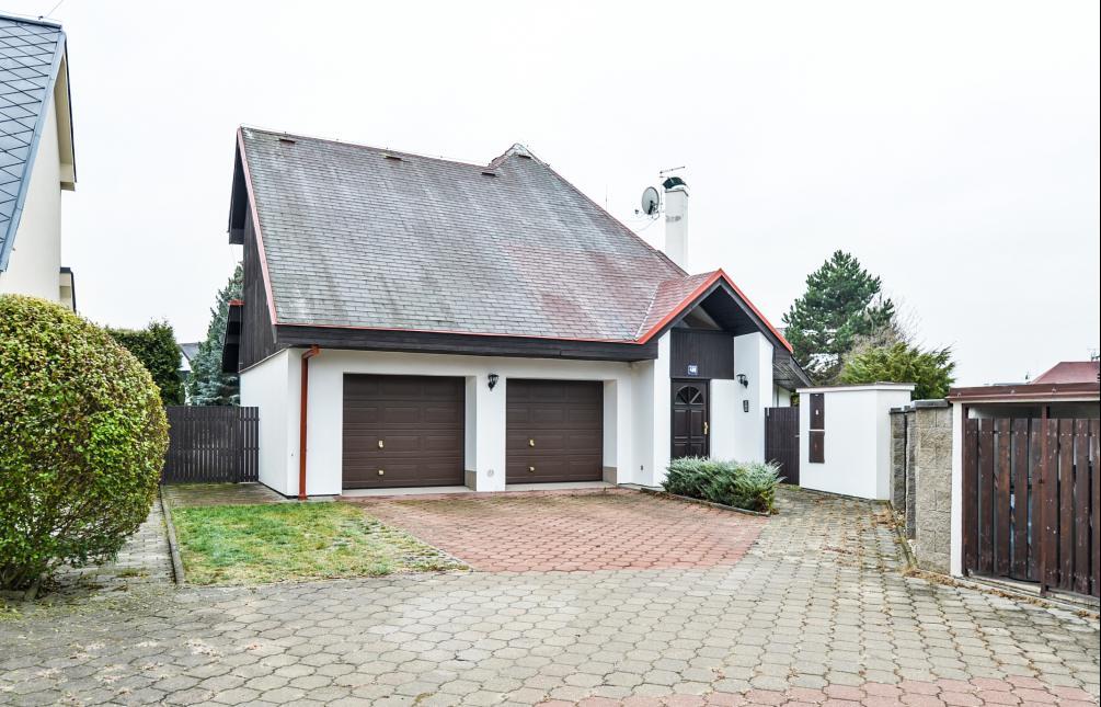 HOUSE FOR RENT, street Třešňová, Průhonice