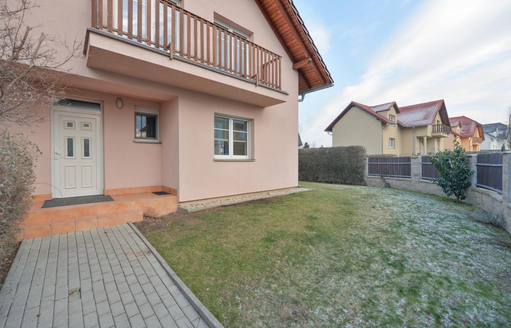 HOUSE FOR RENT, street Pod Valem II., Průhonice
