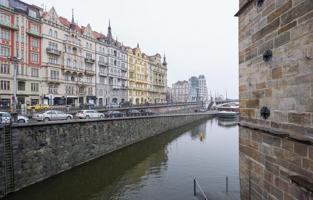 APARTMENT FOR RENT, street Masarykovo nábřeží, Praha 2
