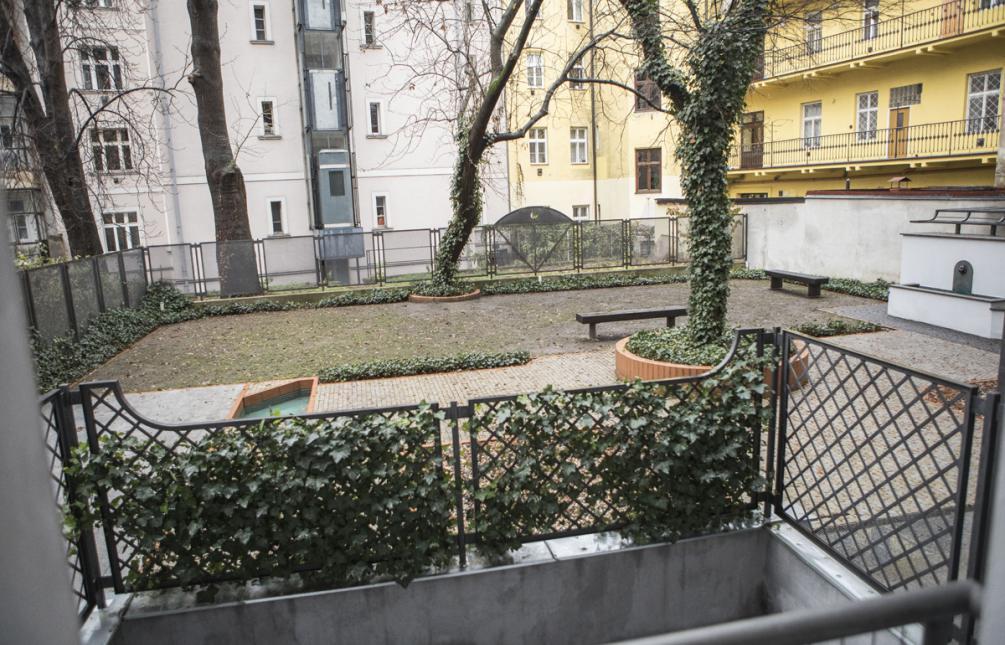 APARTMENT FOR RENT, street Hořejší nábřeží, Praha 5 - Smíchov