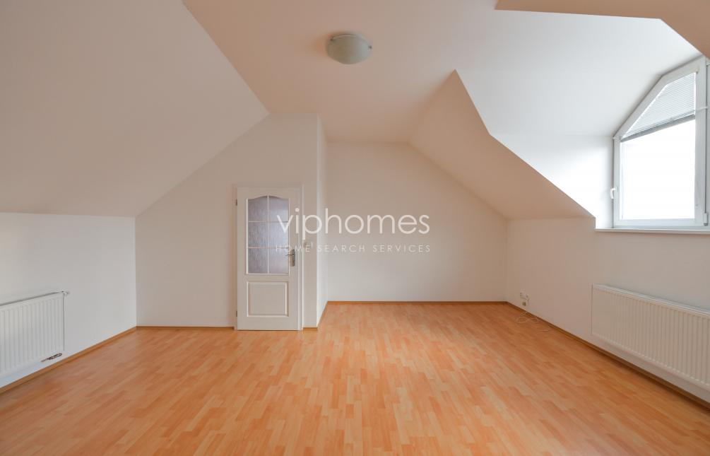 HOUSE FOR RENT, street Pod valem I, Průhonice