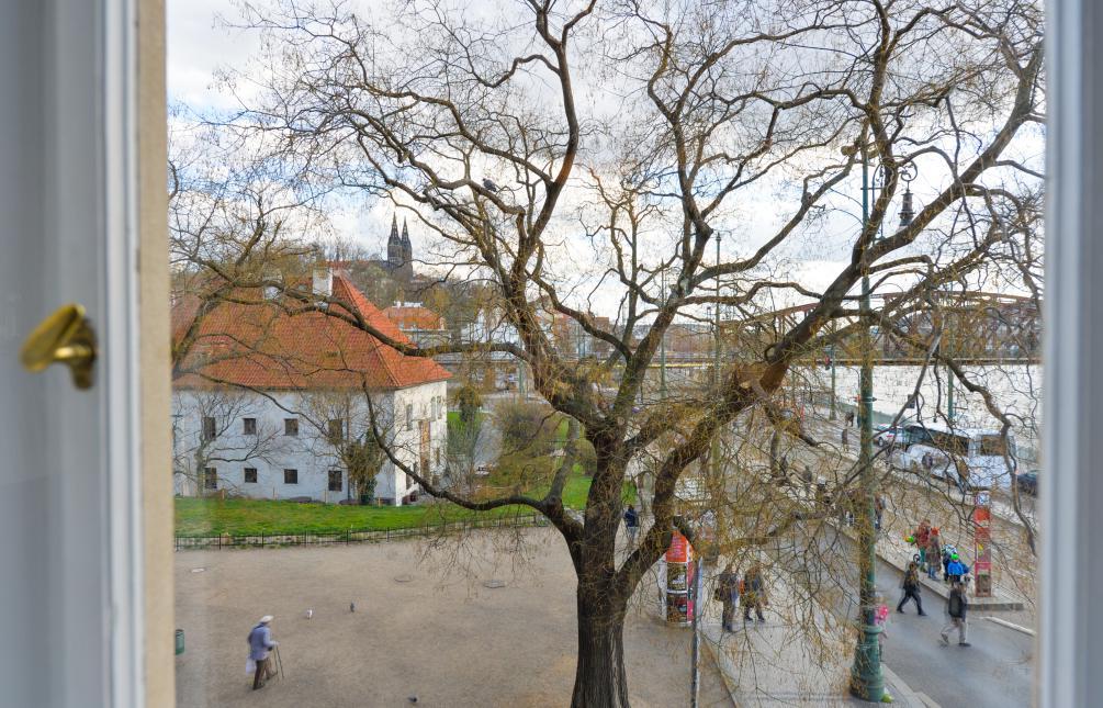 APARTMENT FOR RENT, street Na Hrobci, Praha 2