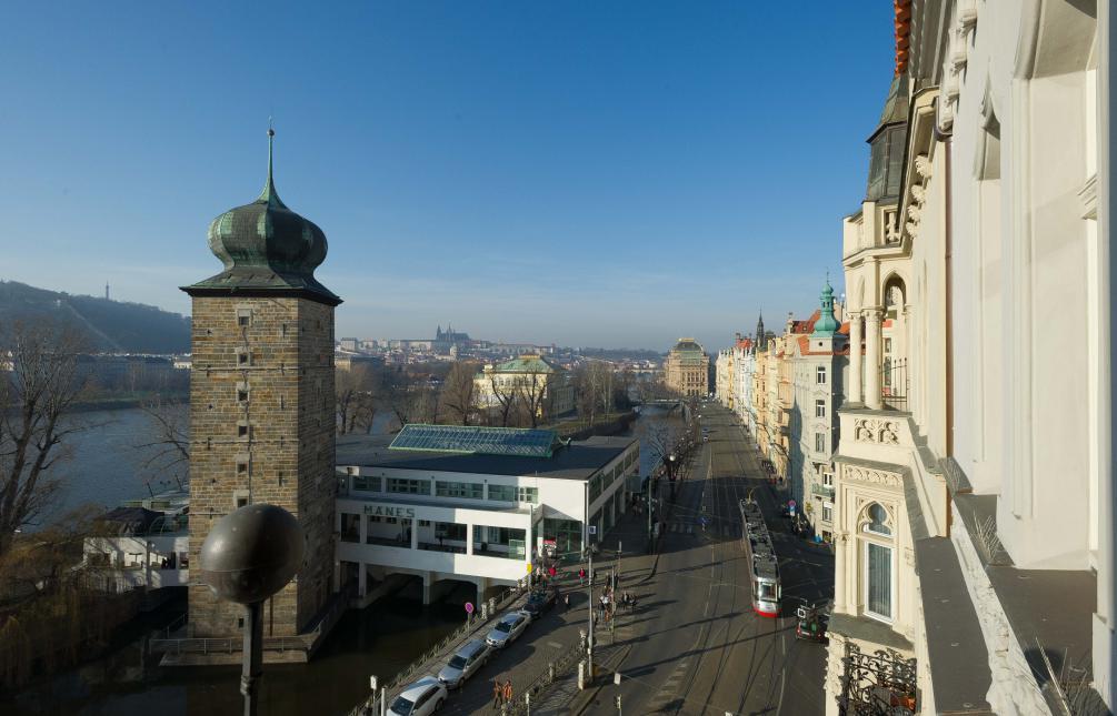 APARTMENT FOR RENT, street Masarykovo nábřeží, Praha 2-Nové Město