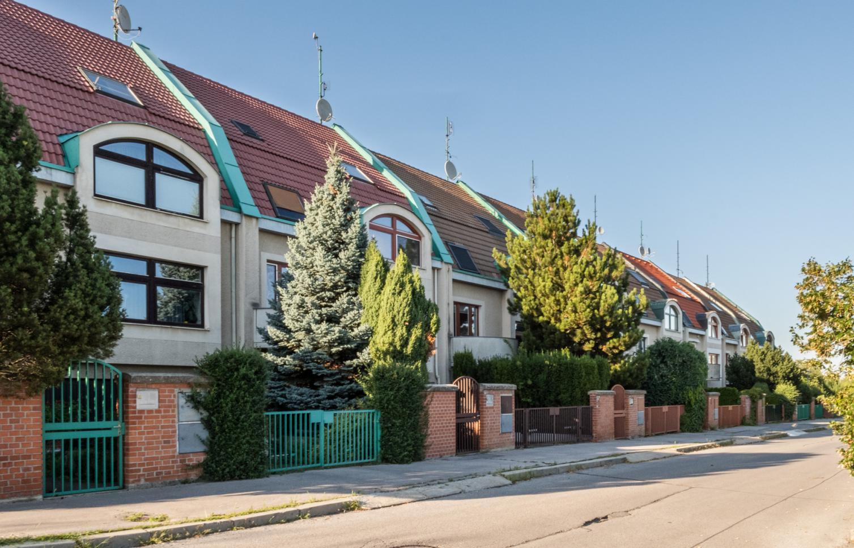 HOUSE FOR RENT, Street Ovčí Hájek, Prague - Stodůlky