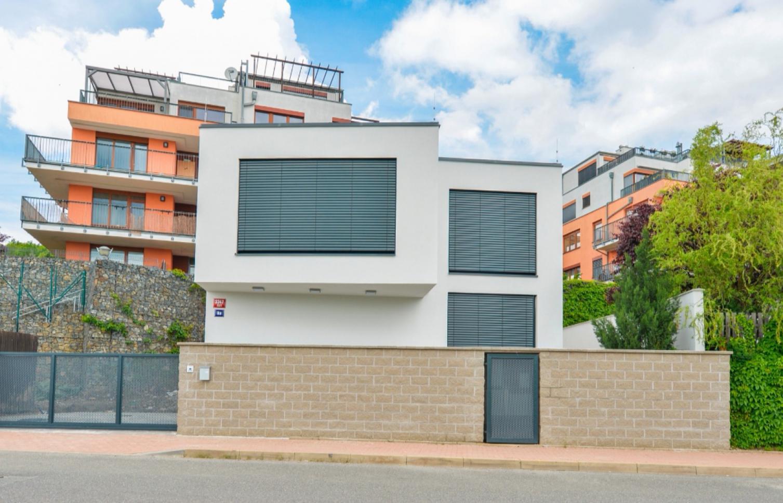 HOUSE FOR SALE, street Na Císařce, Praha 5