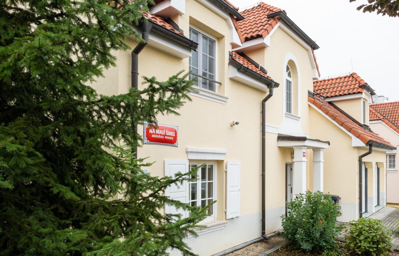 TOWNHOUSE FOR RENT, street Na Malé Šárce, Praha-Nebušice