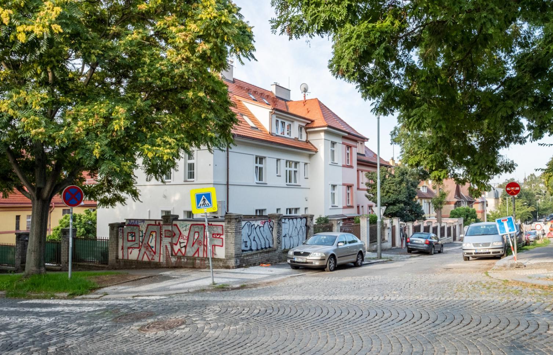 APARTMENT FOR RENT, street Hradešínská, Praha 10 - Vinohrady
