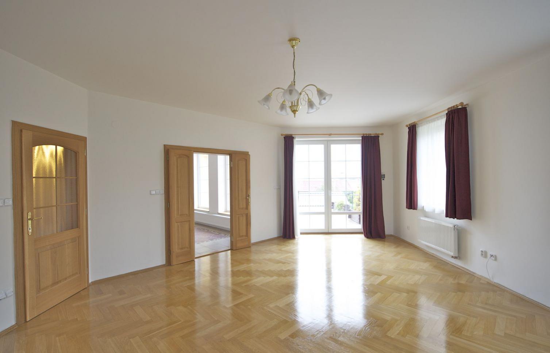 HOUSE FOR RENT, street Nad Helmrovkou, Praha-Lysolaje
