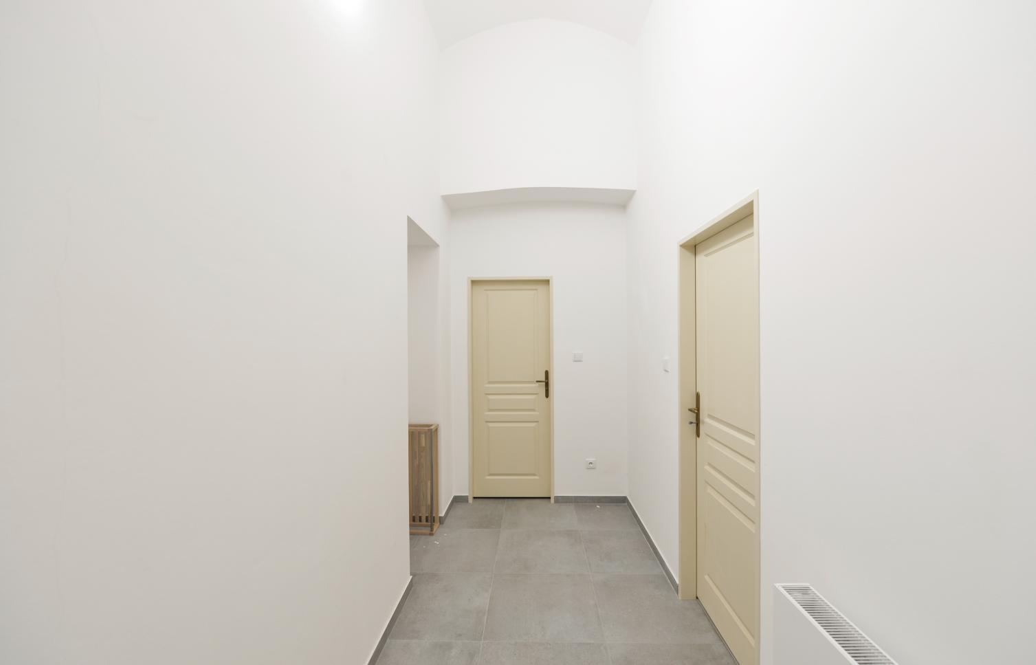 APARTMENT FOR RENT, street Na Struze,