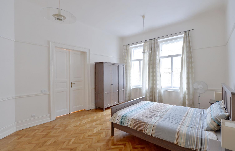 BYT K PRONÁJMU, ul. Mánesova, Praha 2 - Vinohrady