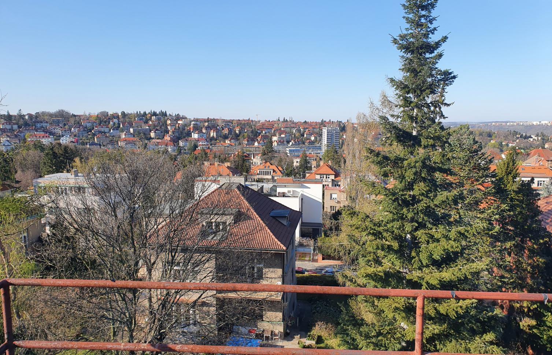 HOUSE FOR SALE, street Střešovická, Praha 6