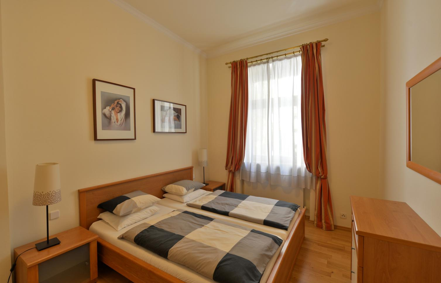 APARTMENT FOR RENT, street Dřevná, Prague 2 - New Town