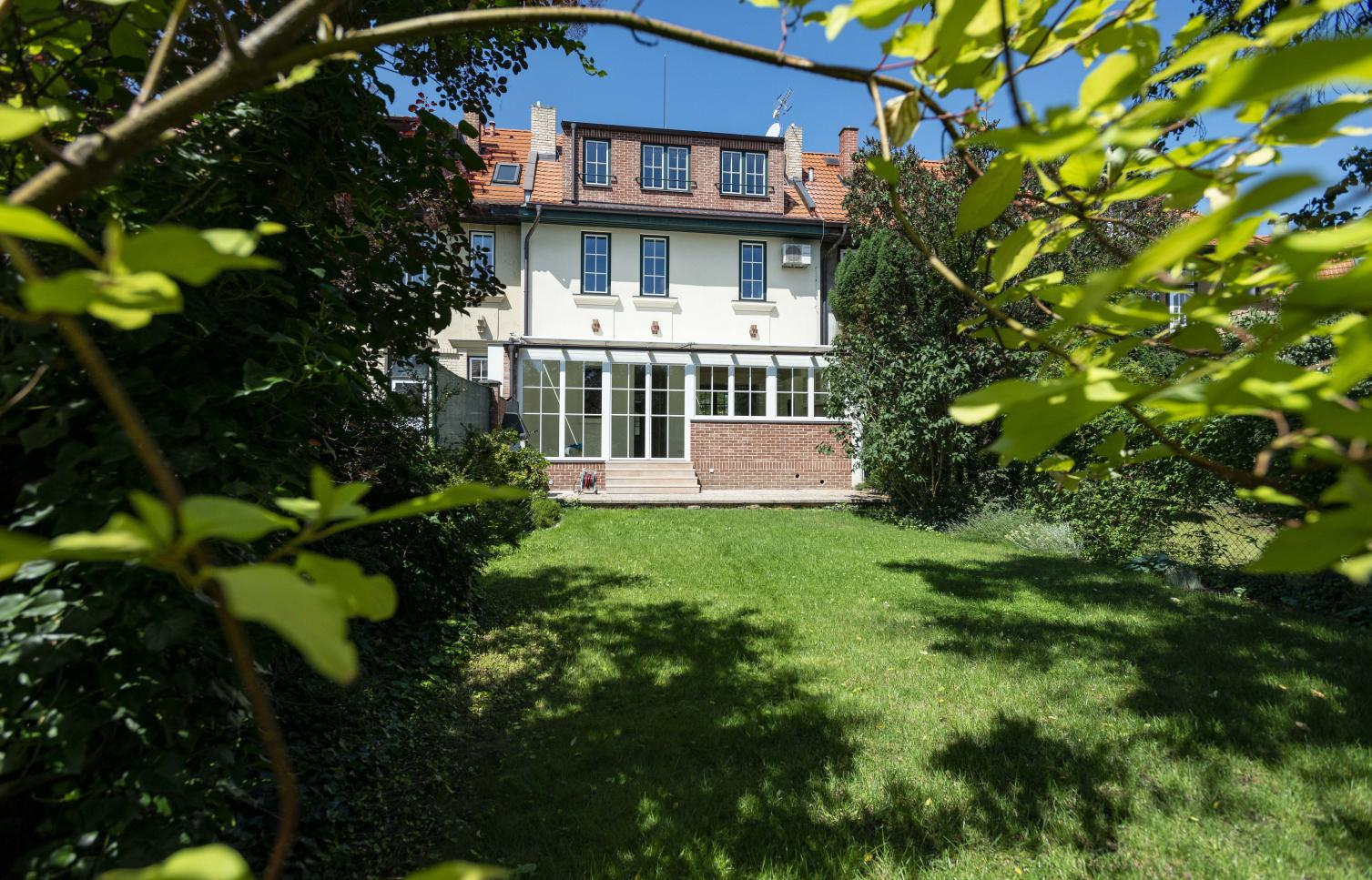 HOUSE FOR RENT, street Lomená, Prague 6 - Dejvice