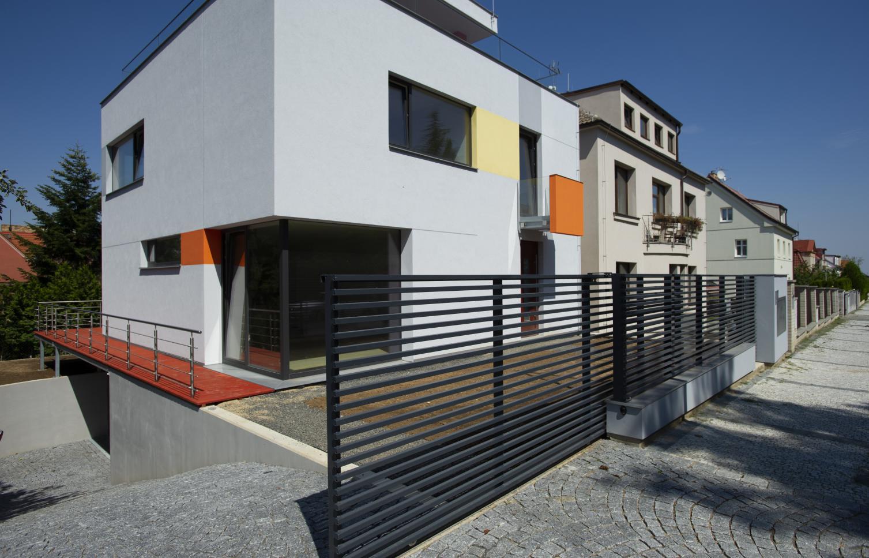 HOUSE FOR RENT, street Hošťálkova, Praha 6