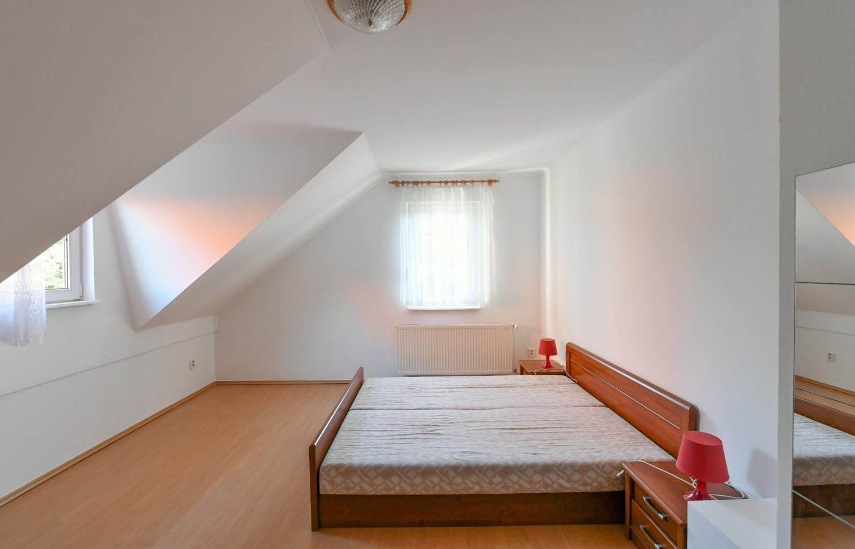 HOUSE FOR RENT, street K Tuchoměřicům, Prague 6 - Přední Kopanina