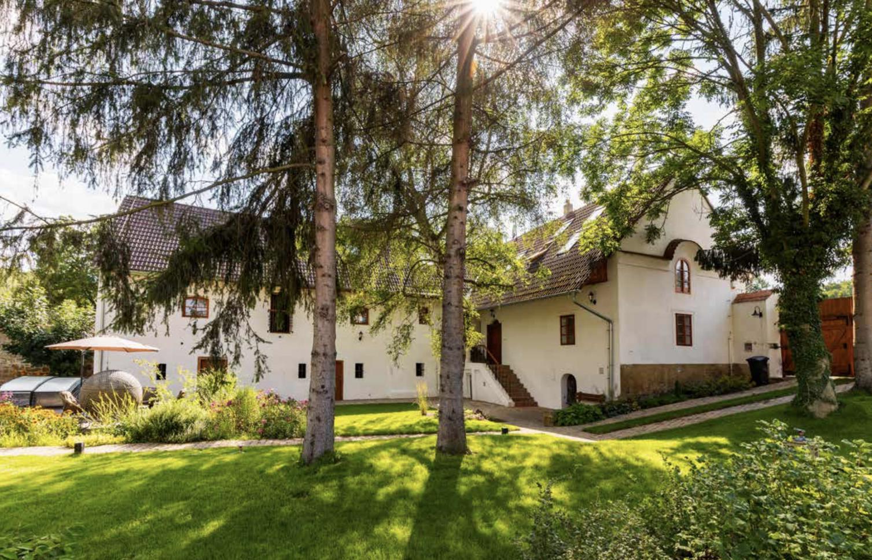 HOUSE FOR SALE, Historic property, Třebichovice 11