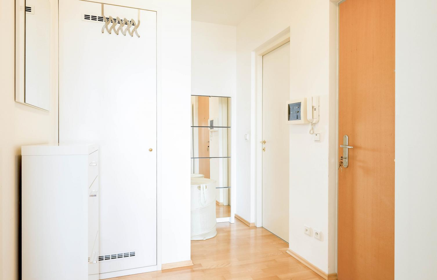 APARTMENT FOR RENT, street U Zvonařky,