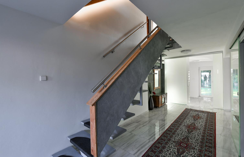 HOUSE FOR RENT, street Na Višňovce, Praha 6