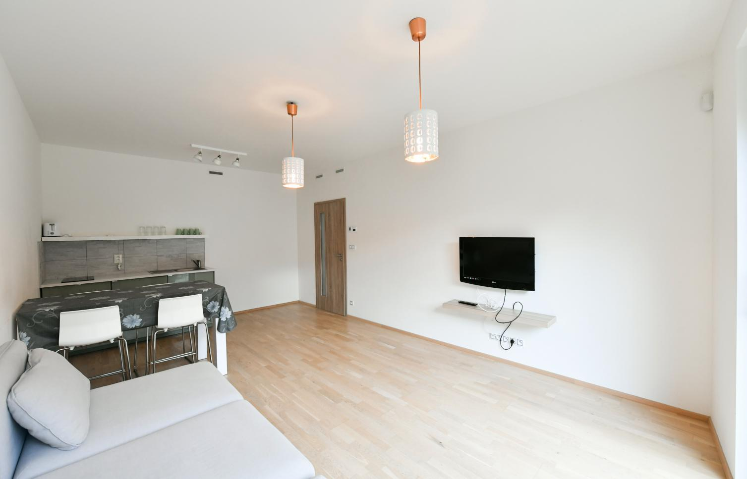 APARTMENT FOR RENT, street Mozartova, Praha 5