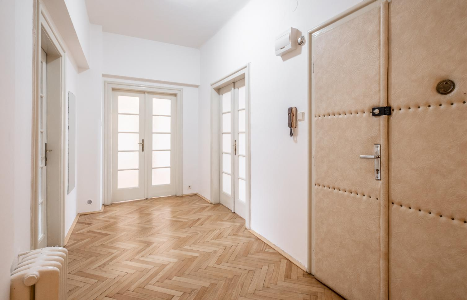 APARTMENT FOR RENT, street Klimentská , Prague 1 - New Town