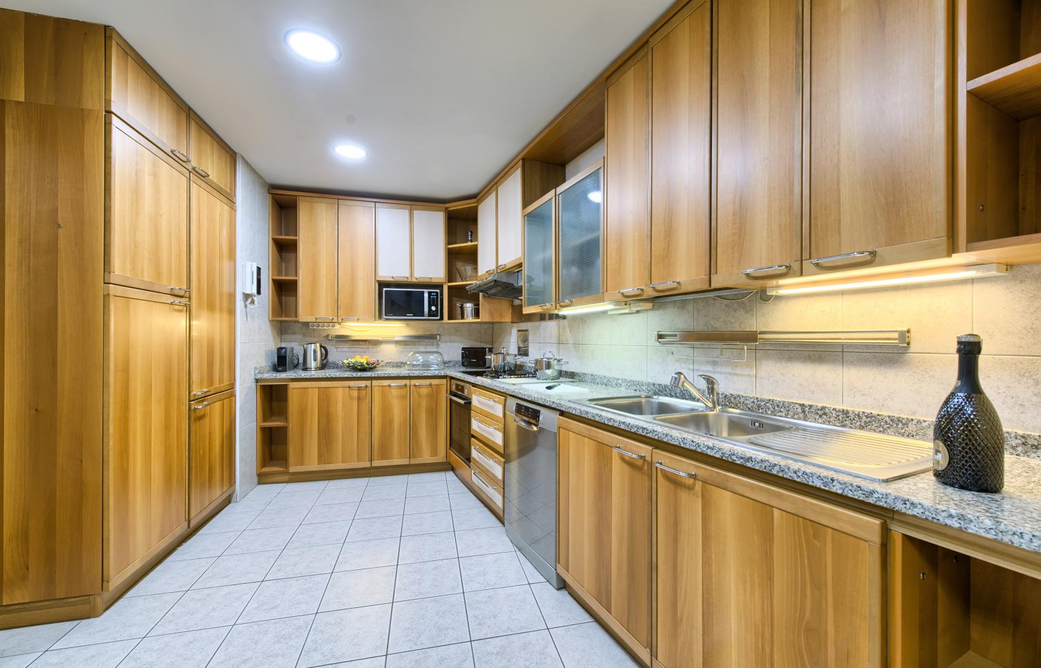 APARTMENT FOR RENT, street 17. listopadu, Praha 1