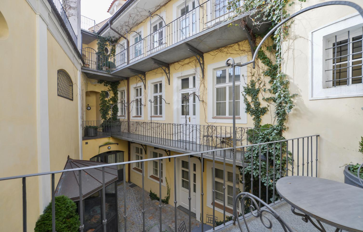 APARTMENT FOR RENT, Str. Vlašská, Prague 1 - Malá Strana