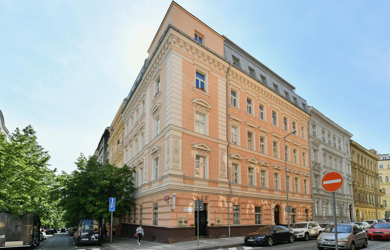 APARTMENT FOR RENT, street Varšavská, Praha 2