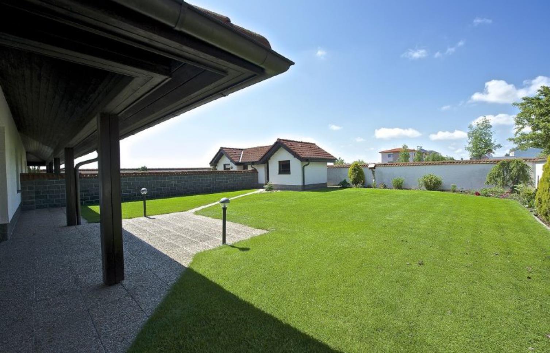 HOUSE FOR RENT, street Do Oříšků, Horoměřice