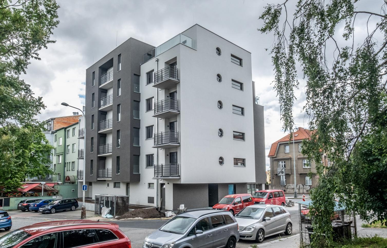 APARTMENT FOR SALE, street Vršní, Praha 8
