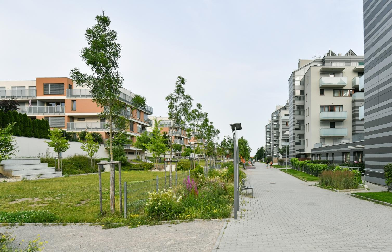 APARTMENT FOR RENT, street Pod Stolovou Horou, Praha 5