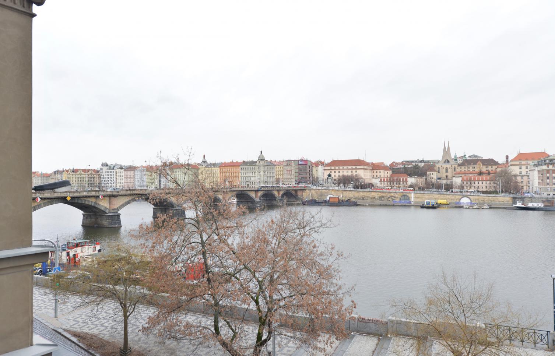 APARTMENT FOR RENT, street Hořejší nábřeží, Praha