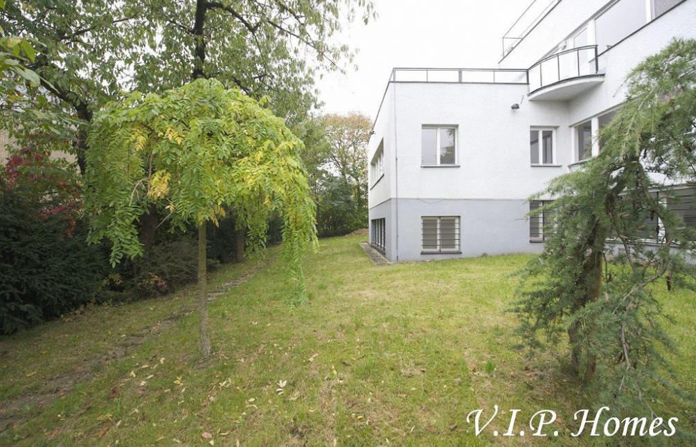 HOUSE FOR SALE, street, Na Ostrohu, Prague 6 - Dejvice