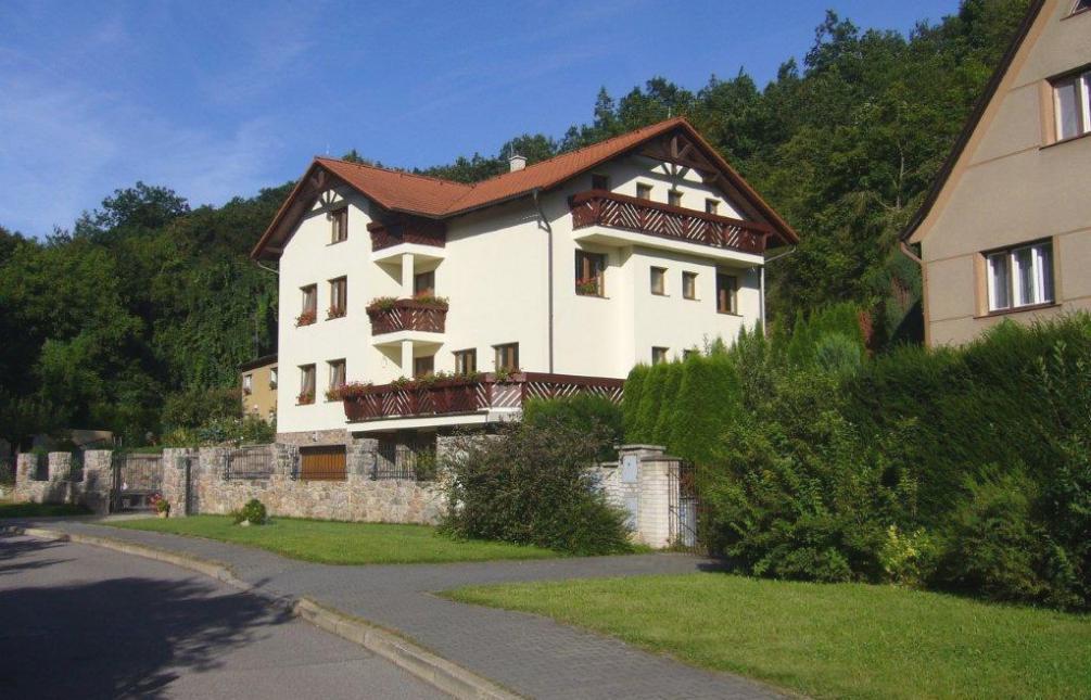 HOUSE FOR RENT, street Tiché údolí, Prague 6 - Roztoky