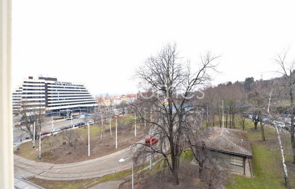 APARTMENT FOR RENT, street Za Strahovem, Praha 6 - Břevnov