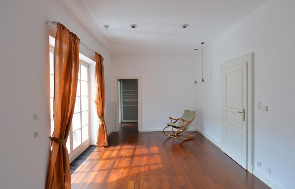 HOUSE FOR RENT, street V Šáreckém údolí, Praha 6 - Dejvice