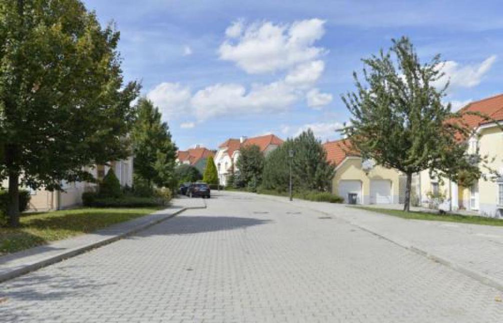 HOUSE FOR RENT, K Parku street, Prague 6 - Nebušice