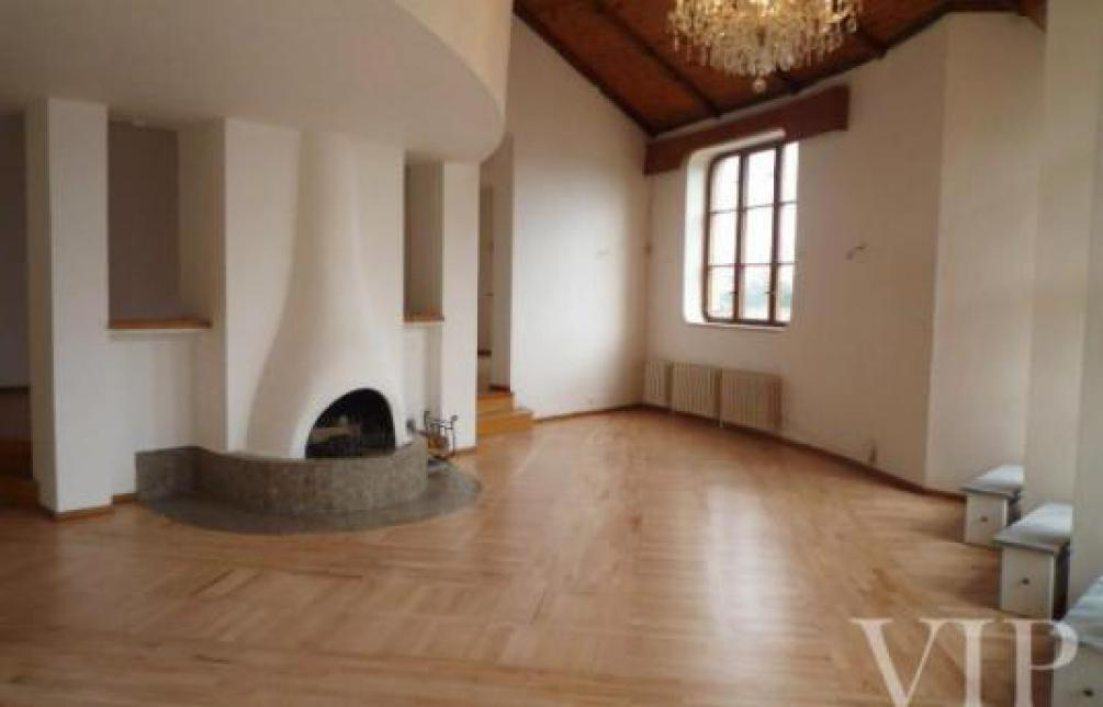 HOUSE FOR RENT,, Prague 5 - Smíchov