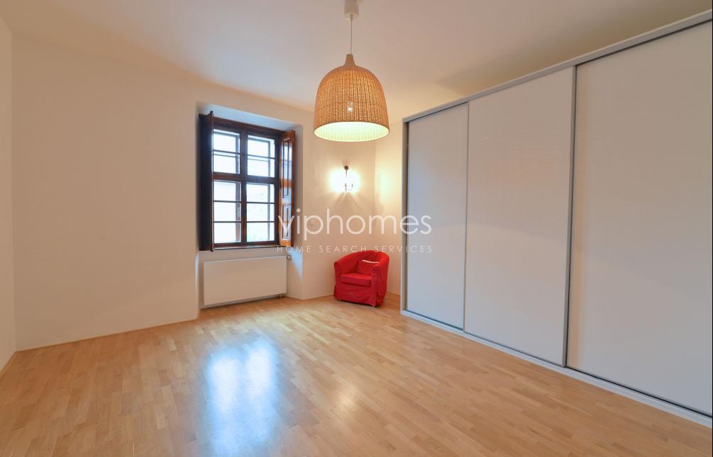HOUSE FOR RENT, street U Klikovky, Prague 5 - Smíchov